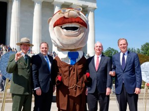From left to right: Vic Knox (NPS), Rhett Jeppson (Mint), Teddy Roosevelt mascot, Gerry Gabrys (GSI), Will Shafroth (NPF).