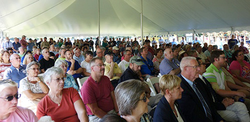 More than 450 people turned out for the ceremonial launch of the Bombay Hook National Wildlife Refuge quarter on Sept. 18, 2015, in Smyrna, DE. U.S. Mint photo by Sharon McPike.
